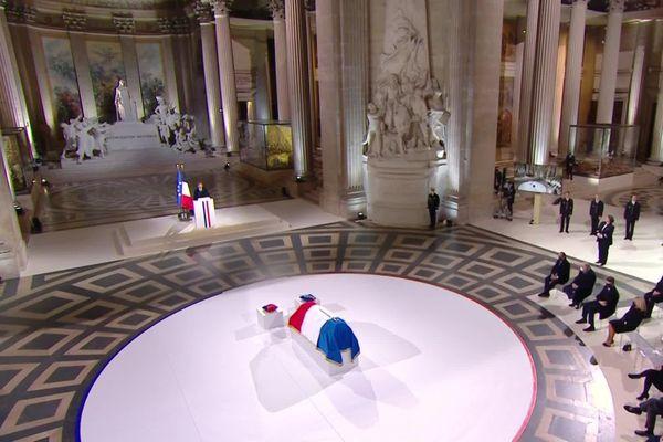 La cérémonie d'hommage à Maurice Genevoix, lors de son entrée au Panthéon, le 11 novembre 2020