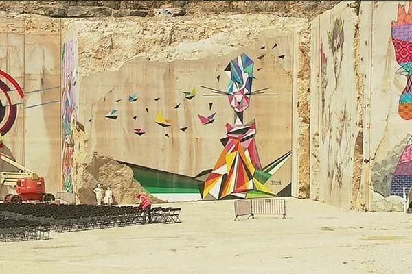 """Troisième édition du festival """"Street art on the Roc"""" à Villars-Fontaine près de Nuits-Saint-Georges."""