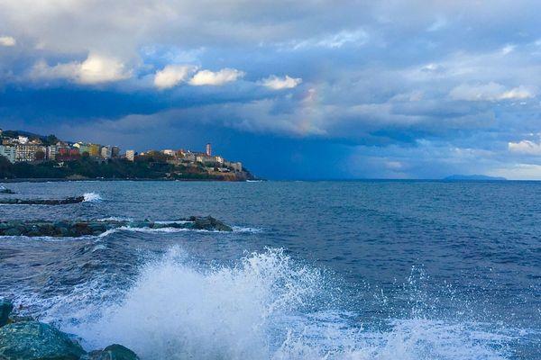 Front de mer, Bastia (Haute-Corse).