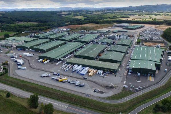 """Le site industriel SNF d'Andrézieux-Bouthéon (Loire) est """"le seul producteur français de produits utilisés dans des stations de traitements des eaux"""" selon la direction."""