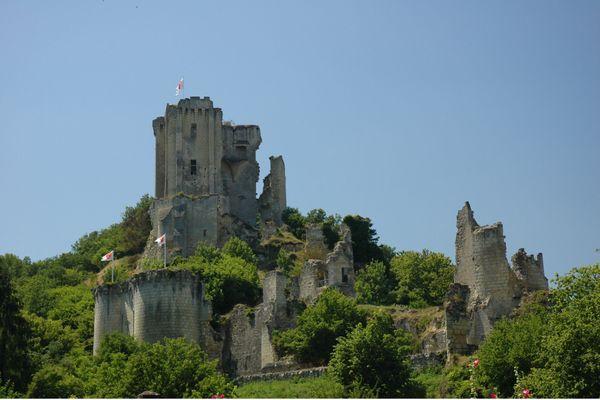 Château du village de Lavardin