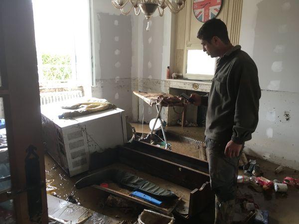 Chez Julien, un habitant de Cirfontaines-en-Azois, le salon est immergé.