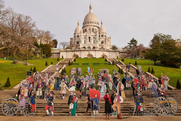 50 parisiens soutenant 50 personnalités de la Commune restituées par l'artiste Dugudus.