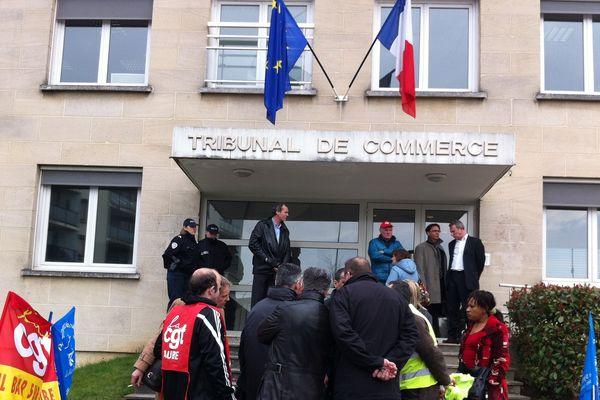 Une quinzaine de salariés aubois avaient fait le déplacement en Seine-et-Marne pour suivre la décision du Parquet de Meaux