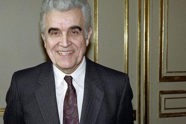 René Girard, lors d'un passage à Paris, le 26 novembre 1990