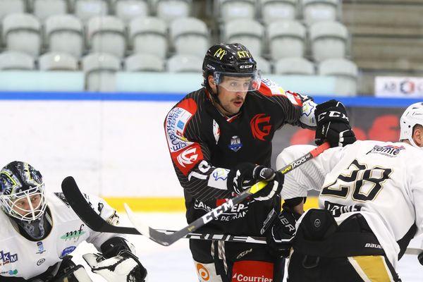 Les Gothiques d'Amiens face aux Nottingham Panthers en Continental Cup, le 15 novembre à Vojens, au Danemark.