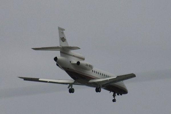 Illustration d'un avion falcon.