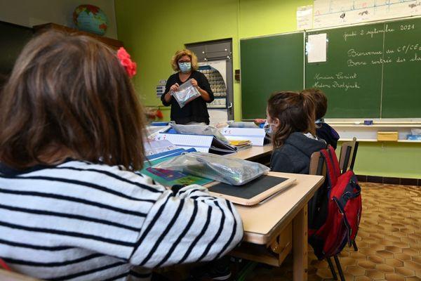 Dans le Val d'Oise, une classe ne sera plus fermée dès le premier cas positif à la Covid-19.