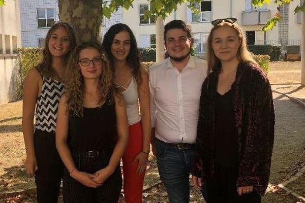 Les cinq étudiants de l'IUT d'Issoudun