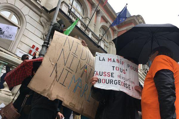 """Manifestation du collectif """"Marchons Enfants"""" à Chambéry"""
