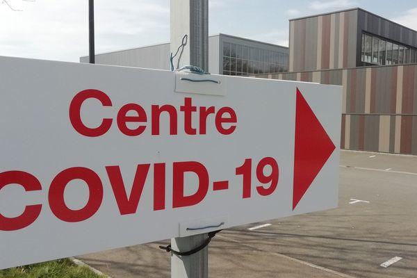Un centre de consultation Covid-19 a ouvert à Combourg (35)