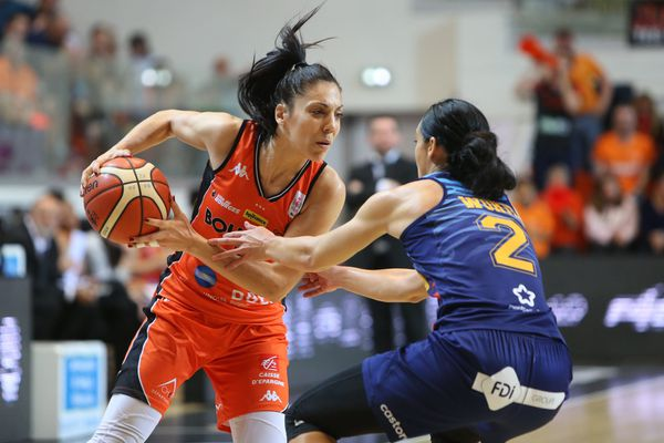 A gauche, Cristina Ouviña lors de la demi-finale aller contre Montpellier, le 27 avril - Photo d'illustration