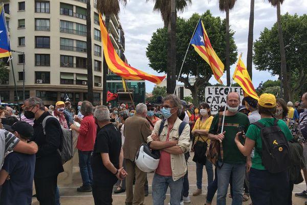 A Perpignan, près de 1 000 personnes réunies pour défendre la langue catalane.