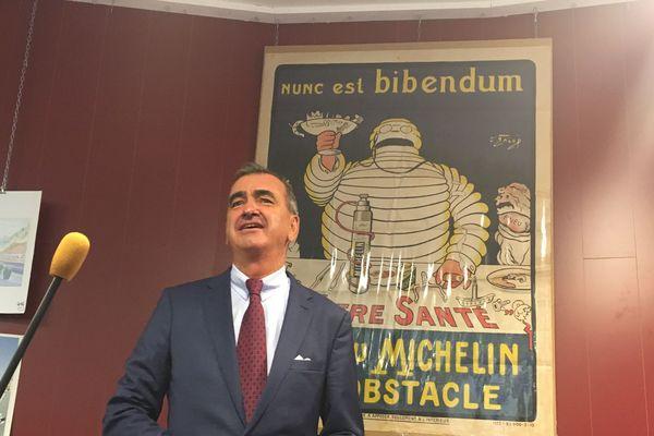 Une affiche Michelin, proposée pour la première fois lors de cette 19e vente aux enchères, a trouvé preneur à hauteur de 5300 euros, vendredi 21 septembre à Clermont-Ferrand.