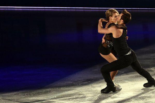 Les patineurs clermontois Gabriella Papadakis et Guillaume Cizeron vont chercher à décrocher leur deuxième titre européen de danse sur glace, à Bratislava, malgré une préparation compliquée par un accident à l'entraînement.