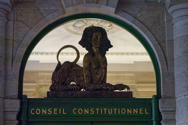 Le Conseil constitutionnel a retoqué deux articles de la loi Molac. Les articles 4 et 9.