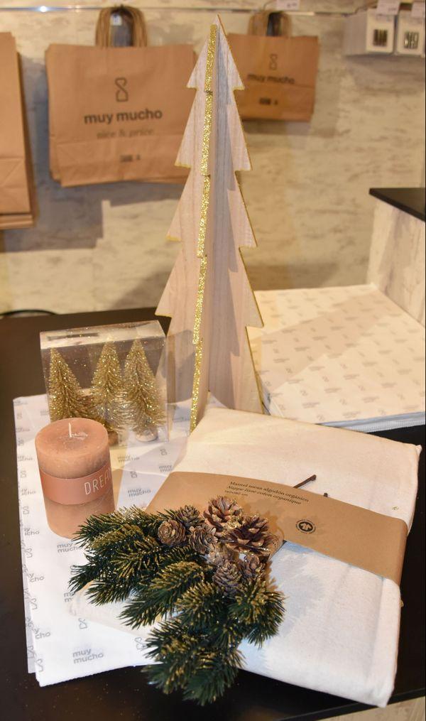 Proposition de d'objets de décoration pour la table de Noël 2019, à petit prix, par Vivien de Muy Mucho.