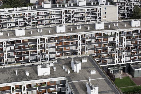 La sur-occupation est particulièrement importante à Lille et à Amiens.