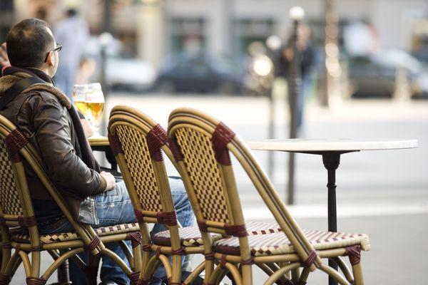 Les cafés et les bars attendent avec impatience que les terrasses soient de nouveau pleines