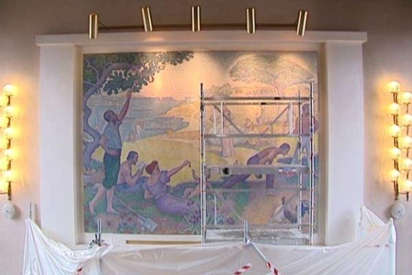 La toile de Signac avait été vandalisée en 2011 lors d'un réveillon solidaire à la mairie.