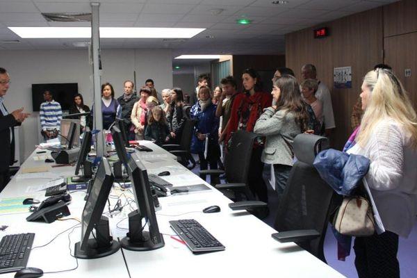 250 personnes ont visité les locaux de France 3 Pairs-Île de France à Vanves, samedi 19 septembre.