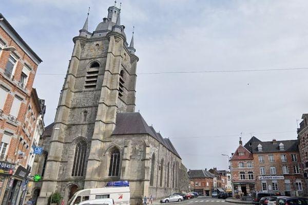 Un homme a été interpellé dans la cadre de l'enquête sur l'incendie de la collégiale Saint-Nicolas d'Avesnes-sur-Helpe (Nord), lundi 5 avril.