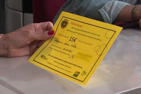 La mairie de Marnay offre un bon d'achat de 15 euros à tout jeune âgé de 12 à 20 ans de la ville qui irait se faire vacciner.