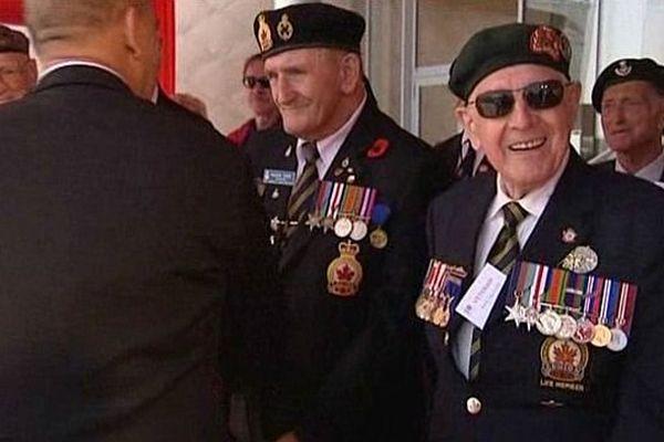 Cérémonie du 69ème anniversaire du Débarquement 6 juin 2013, vétérans à Courseulles-sur-mer