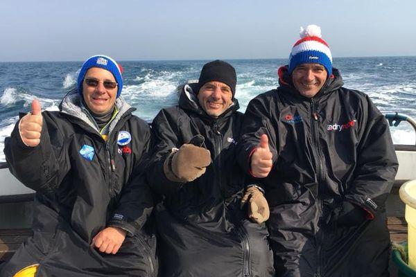 De gauche à droite : Denis Colombe, Frédéric Kocen et Philippe Fort, gelés et courbaturés, mais fiers après leur exploit.