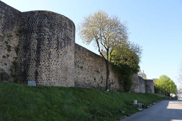 Les remparts de la Haute-ville à Boulogne-sur-mer.