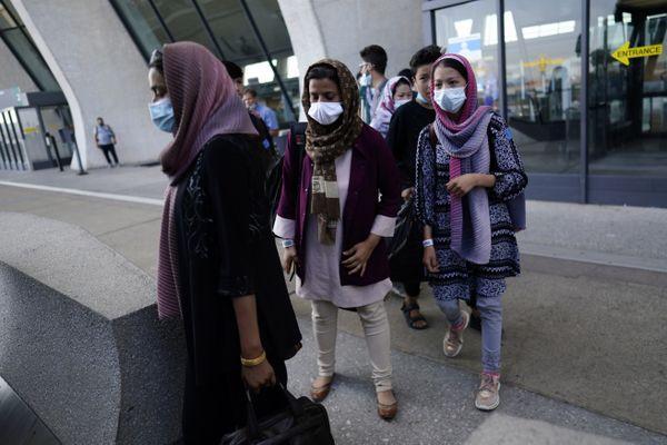 Des Afghans ayant aidé la France quittent leur pays face à l'arrivée des Talibans - août 2021.