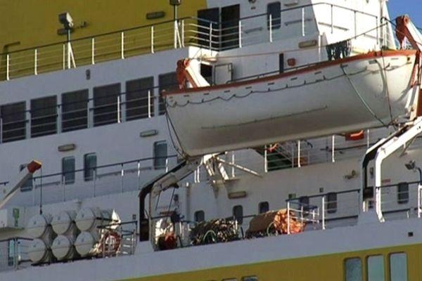 Le Biladi est bloqué depuis janvier 2012 dans le port de Sète