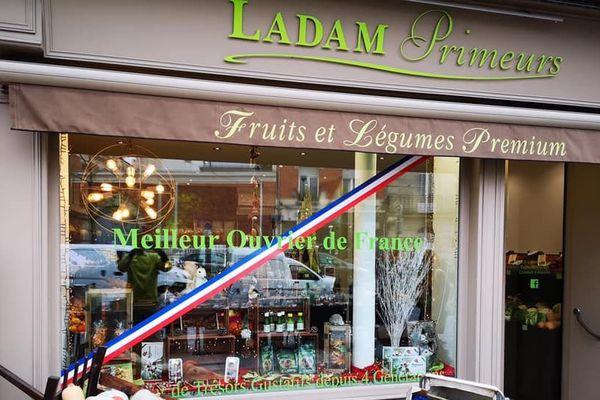 Le maraîcher installé au coeur de Reims s'est adapté pour vendre ses produits.