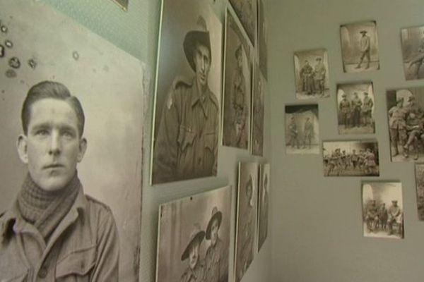 Près de 4000 photos prises par les époux Thuillier, des agriculteurs de Vignacourt (80) devenus photographes le temps de la Grande Guerre, sont visibles dans leur ferme pour ces Journées Australiennes.