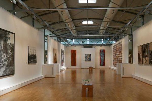 Quand la culture vient à nous avec son offre numérique à Villefranche-sur-Saône (Rhône) au musée municipal Paul Dini.