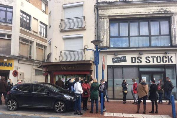 Les commerçants de Chauny ont ouvert leurs portes mardi 3 novembre pour protester contre la fermeture des commerces non-essentiels.
