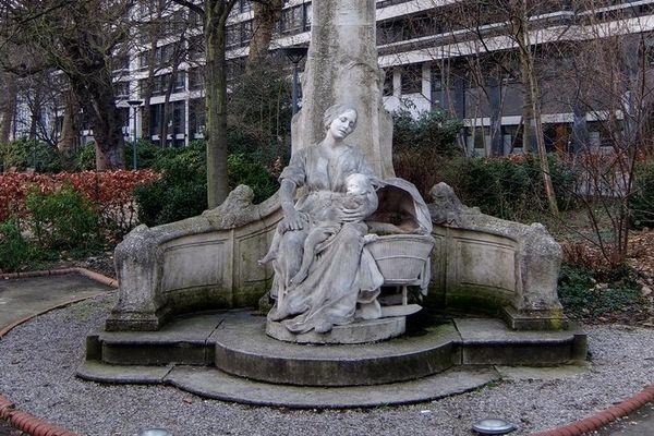 La statue du P'tit Quinquin à Lille