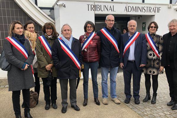 Des élus de Sceaux et Gennevilliers, dans les Hauts-de-Seine, devant le tribunal administratif pour avoir pris un arrêté anti-glyphosate.
