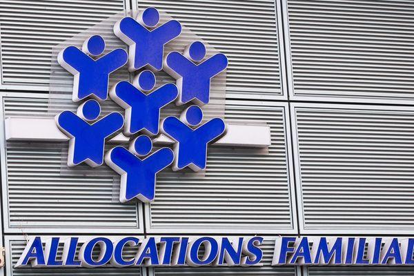 Logo de la Caisse d'Allocations Familiales (CAF), 2 mars 2015.