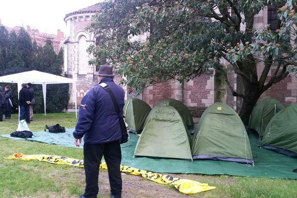 Les tentes du DAL ont été replantées à Saint-Sernin.