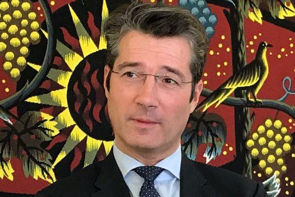 Le 14 décembre, Frédéric Laporte élu maire LR de Montluçon (Allier). Il succède à Daniel Dugléry qui dirigeait la ville depuis 2001.