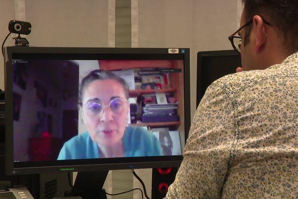 Olivia Cattan, présidente d'SOS Autisme en entretien par visioconférence.