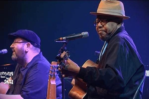 Larry Garner et Michael van Merwyk mardi soir au festival Jazz sous les pommiers à Coutances