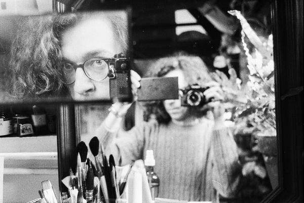 Un autoportrait de l'auteur réalisé pour une vidéo Youtube.
