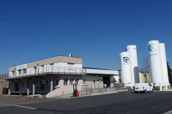 Cryo'Ice, entreprise spécialisée dans la fabrication de glace carbonique à Metz (Moselle).