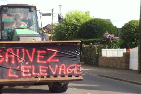 Mobilisation des éleveurs le 21 juillet 2015 à Saint-Brice-en-Coglès