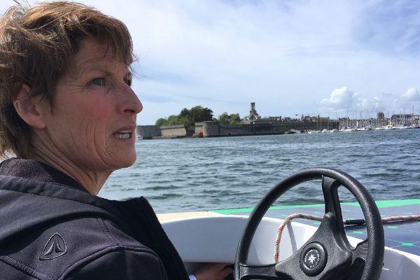 Anne Quéméré dans son Solar Boat