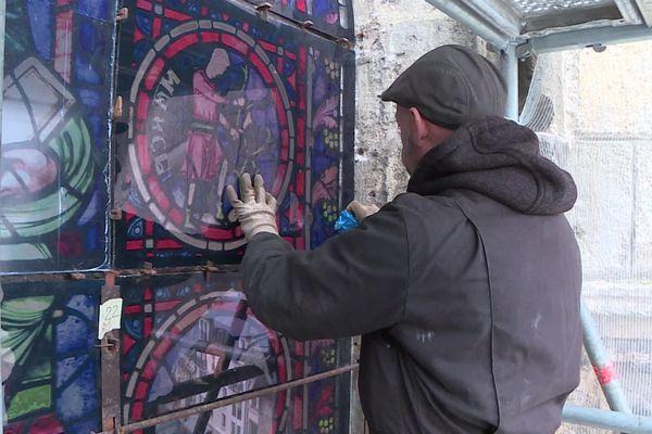 Une entreprise normande fabrique des reproductions de vitraux