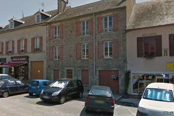 La commune de Quarré-les-Tombes dans l'Yonne compte de nombreux commerces