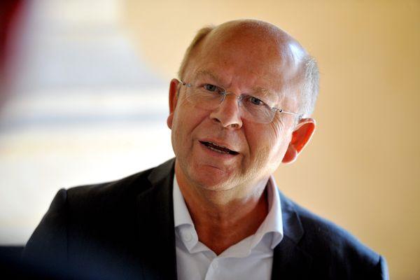 Le maire de Chartres, Jean-Pierre Gorges.